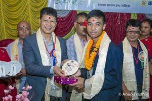 Chandragirinews 15-300x200 एसईई  परीक्षामा उटकृष्ट नतिजा प्राप्त गर्ने छात्र र छात्राहरुलाइ सम्मान शिक्षा    chandragiri
