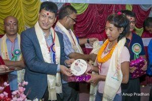 Chandragirinews 5-300x200 एसईई  परीक्षामा उटकृष्ट नतिजा प्राप्त गर्ने छात्र र छात्राहरुलाइ सम्मान शिक्षा    chandragiri