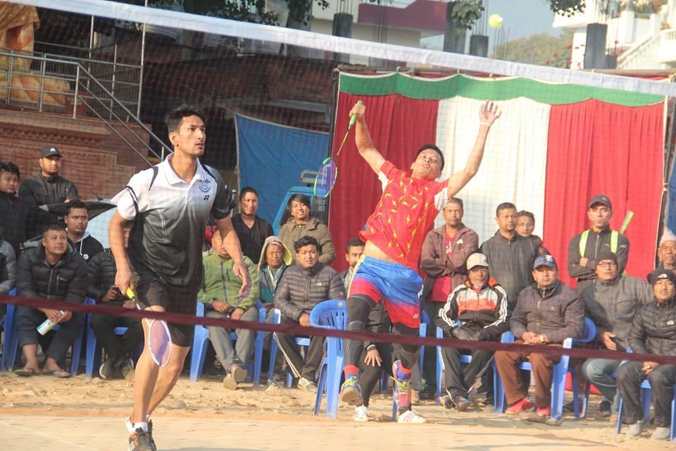 Chandragirinews boshigaun-badminton-semifinal-3 प्रथम बोसीगाउ खुल्ला पुरुष डबल्स ब्याडमिन्टन  प्रतियोगिता,  आचार्य, श्रेष्ठको  जोडी र कटवाल, बोहराको  जोडी उपाधीका लागि भिड्दै खेलकुद बोसिंगाउँ    chandragiri