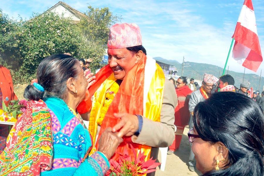 Chandragirinews rajendra-kc-chandragirinews-15 काठमाण्डाै क्षेत्र नं. १० प्रतिनिधिसभा मा विजय नेपाली काँग्रेसका उमेद्वार राजन केसी र प्रदेशसभा १० 'क' मा विजय उमेद्वार पुकार महर्जन तथा समर्थकहरू । किसीपिँडी तीनथाना थानकोट दहचोक नगरपालिका निर्वाचन नैकाप नयाँ भन्ज्यांग नैकाप पुरानो भन्ज्यांग बलम्बु बाद भन्ज्यांग बोसिंगाउँ ब्रेकिंग न्युज मछेगाउँ महादेव स्थान मातातिर्थ राजनीति लंकोट वडा सतुंगल    chandragiri