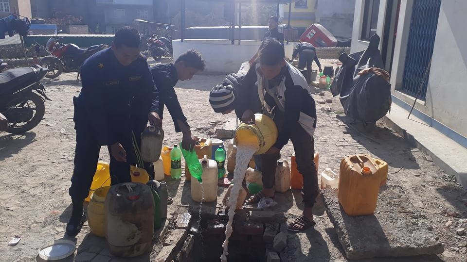 Chandragirinews alcohol3 ३ हजार लिटर घरेलु मदिरा नष्ट अपराध बलम्बु ब्रेकिंग न्युज    chandragiri