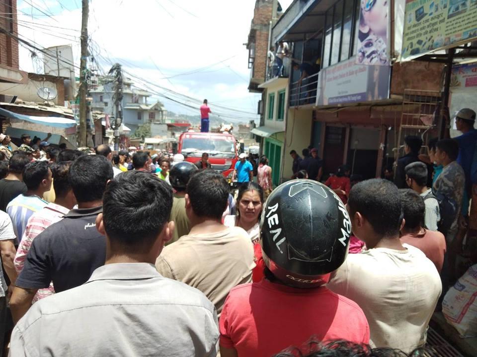 Chandragirinews fire1 चन्द्रागिरि नगरपालिकामा दमकल नहुदा लाखौं मुल्यकाे सामाग्री जलेर नष्ट । थानकोट ब्रेकिंग न्युज मुख्य राजनीति राष्ट्रिय    chandragiri